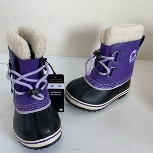 Sorel toddler girls purple snow boots size 8 new
